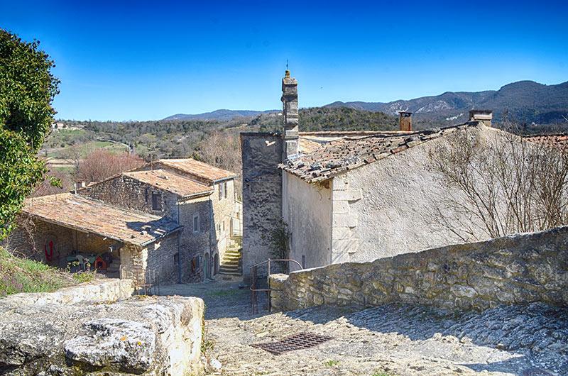 Buoux Village Du Luberon Falaise D Escalade Chateau De