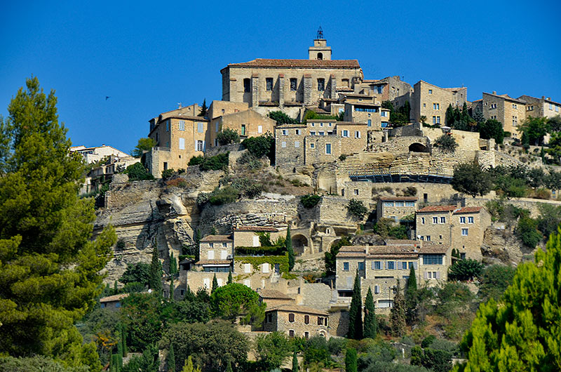 Gordes village du luberon voir le village des bories l for At home architecture 84220 gordes