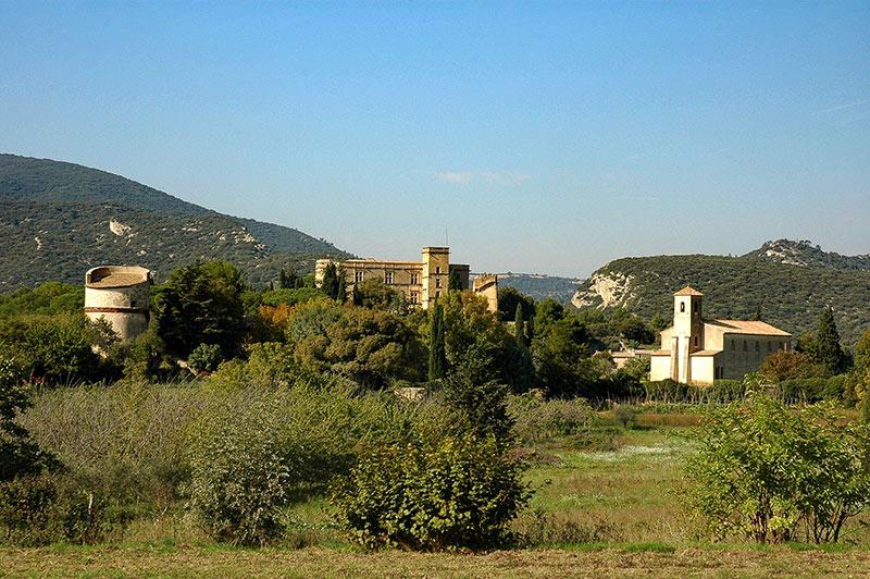 Lourmarin Village Et Chateau Sud Luberon