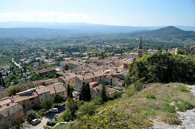 village de saint saturnin les apt
