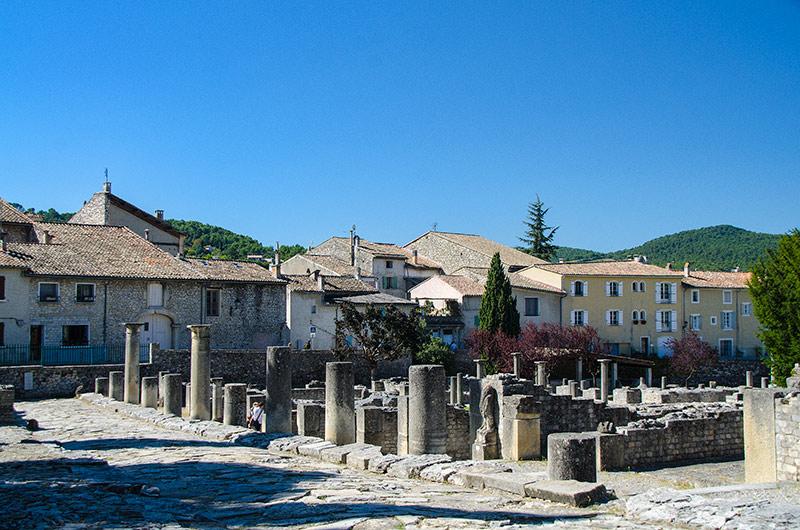 Discovery and visit vaison la romaine roman city provence - Vaison la romaine office du tourisme ...