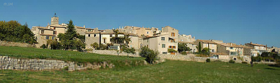 discovery and visit viens luberon village photos gallery virtual